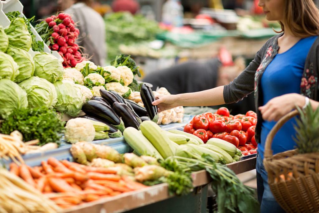 Kako treba da kupujete namirnice dok traje epidemija koronavirusa