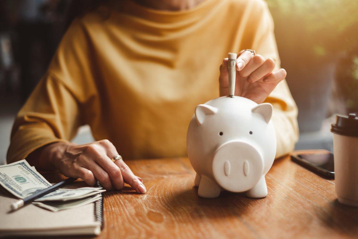 Kako da uštedite sa malom platom - 5 načina